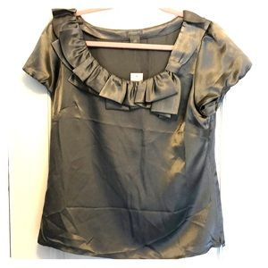 Ann Taylor outlet size 12p blouse. Gray. NWT